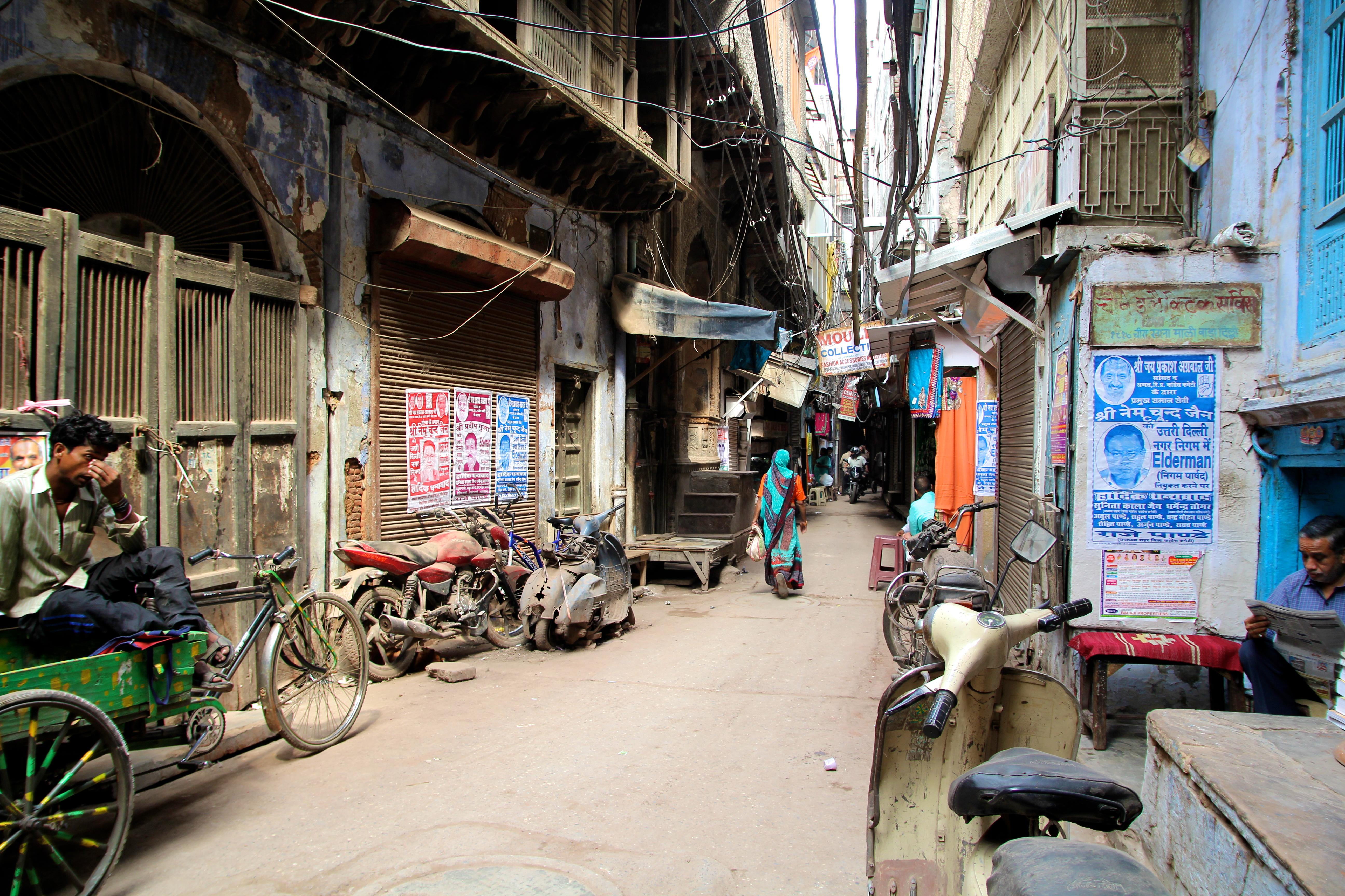 Old Delhi alley